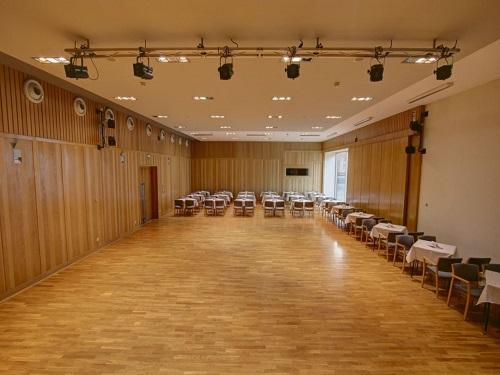 Dům kultury Kroměříž - střední sál (koncertní)