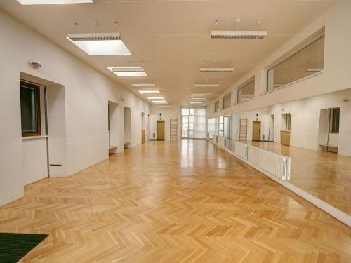 Dům kultury Kroměříž - zrcadlový sál